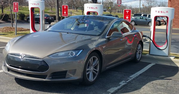 Tesla Road Trip to MAGFest 2016 - Tesla Motors - Voice of
